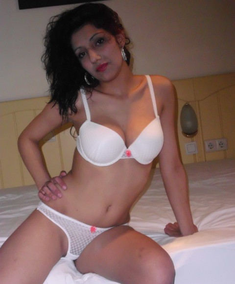 GRATIS SHEMALE CONTACT ESCORTS ZEELAND