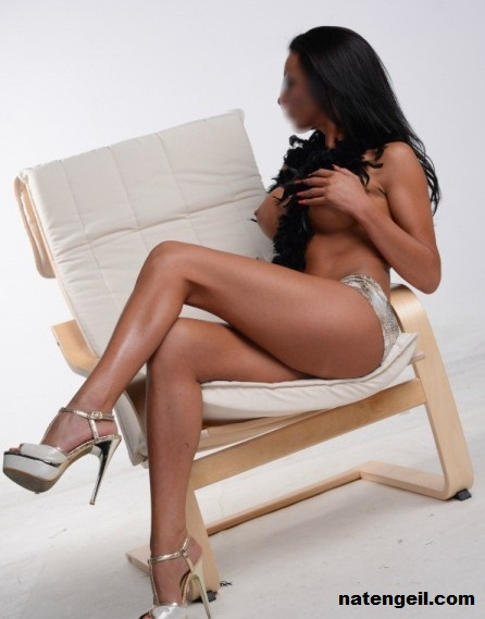 erotische massage ekeren body to body sex massage