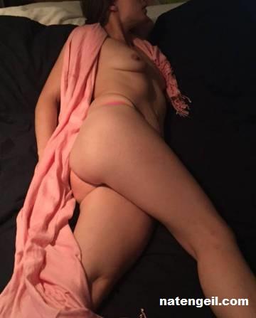 erotische massage met happy ending escorts at work